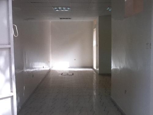 local commercial 1 pi ce 30 m louer dakar plateau dakar voici une affaire ne pas. Black Bedroom Furniture Sets. Home Design Ideas