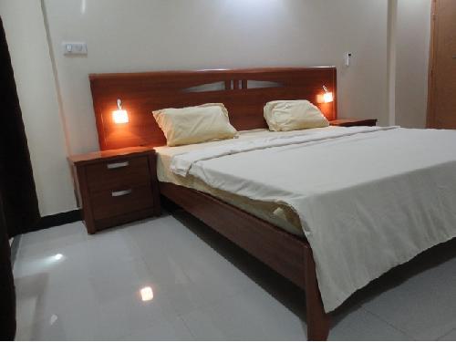 appartement 4 pi ces 183 m yoff dakar produit unique splendide appartement meubl f4. Black Bedroom Furniture Sets. Home Design Ideas